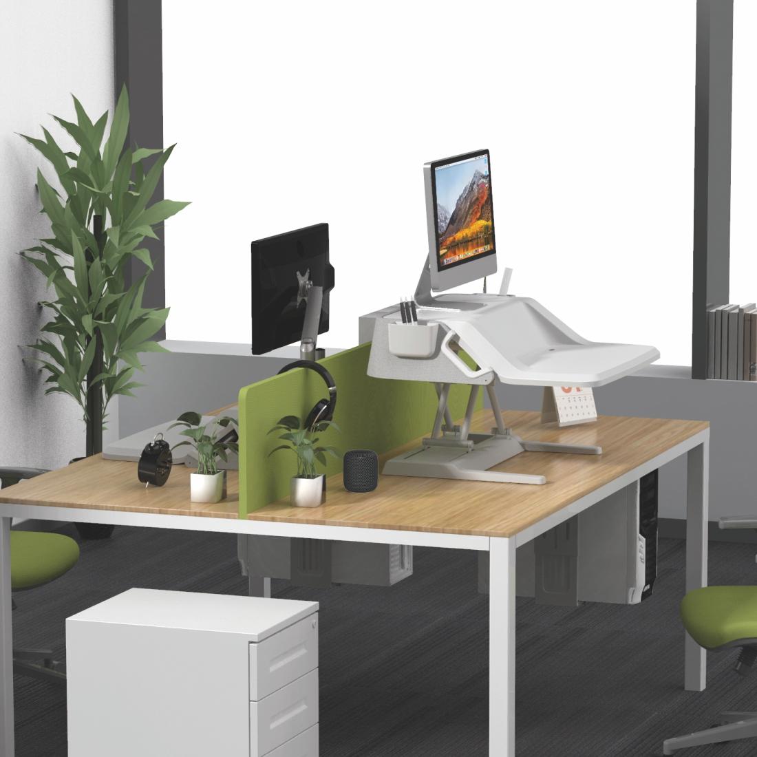 MT106 desk